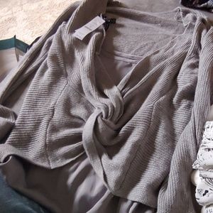 Reversible sweater with tank beautiful
